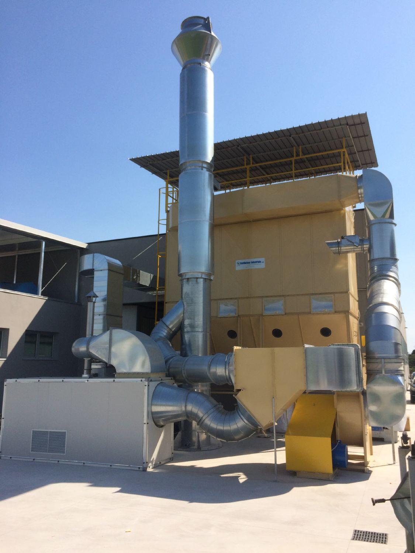 Consegna ed avviamento di un impianto di raffrescamento/riscaldamento ambienti di lavoro