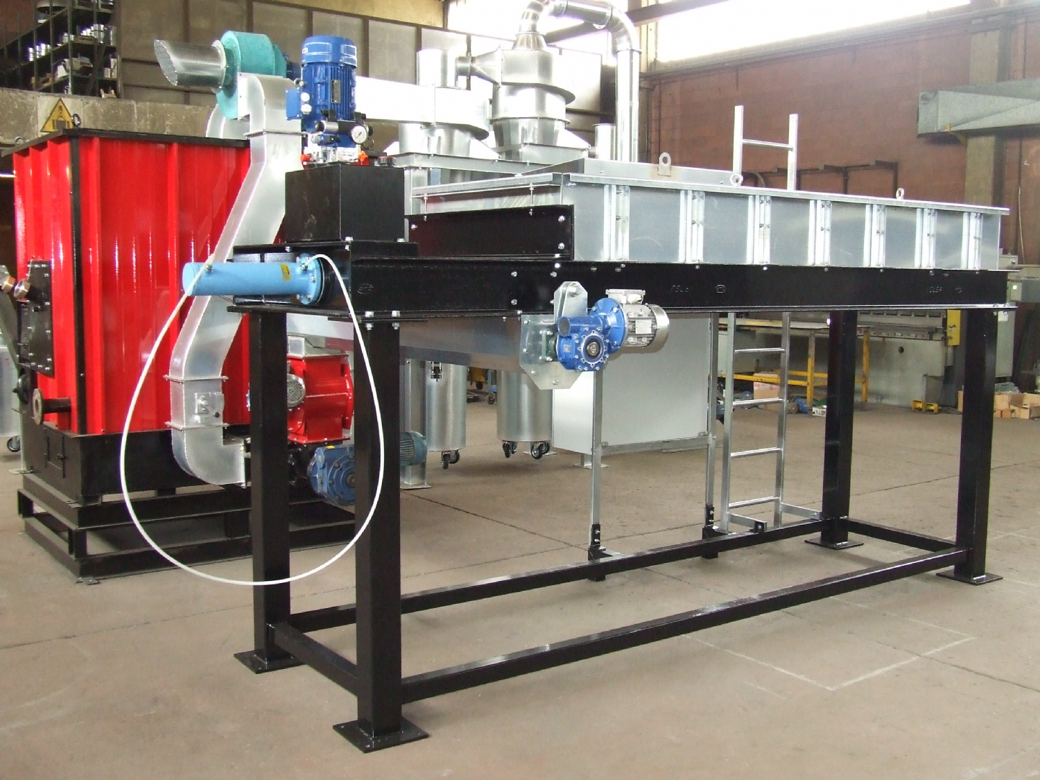 Realization of a pilot plant for combustion of biomass